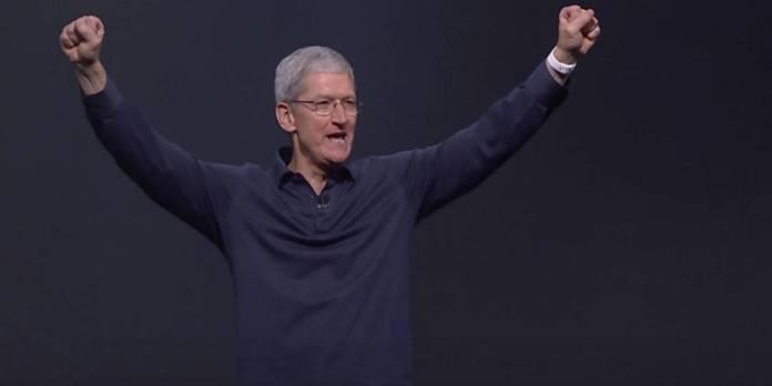 Apple Emmy Tim Cook