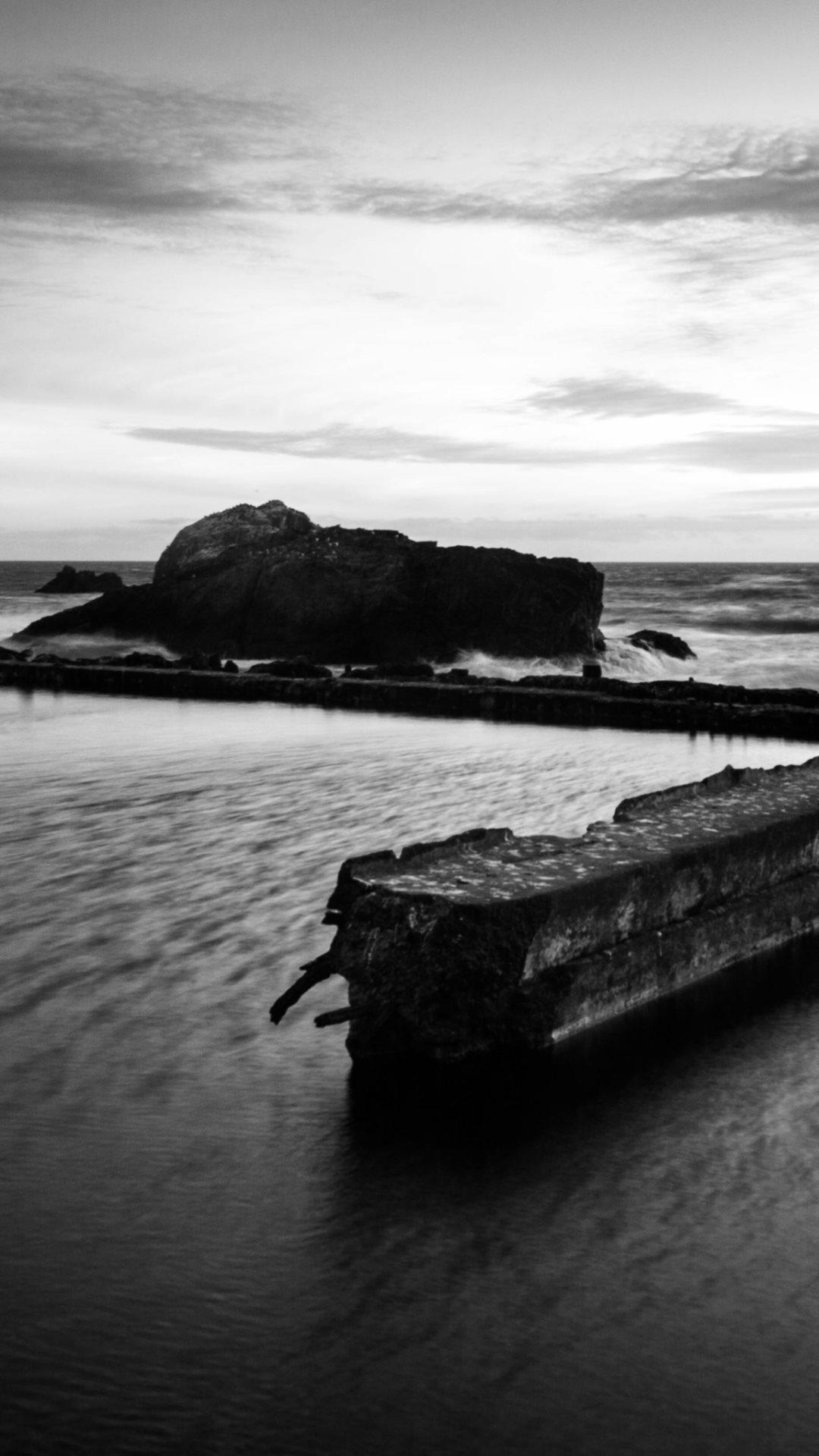 Beach Shore Rocks Black White iPhone 6 Plus HD Wallpaper