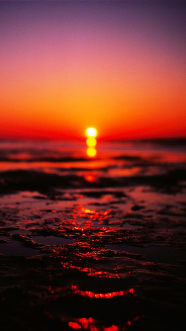 Sea Sunset Blurred iOS7 iPhone 5 Wallpaper