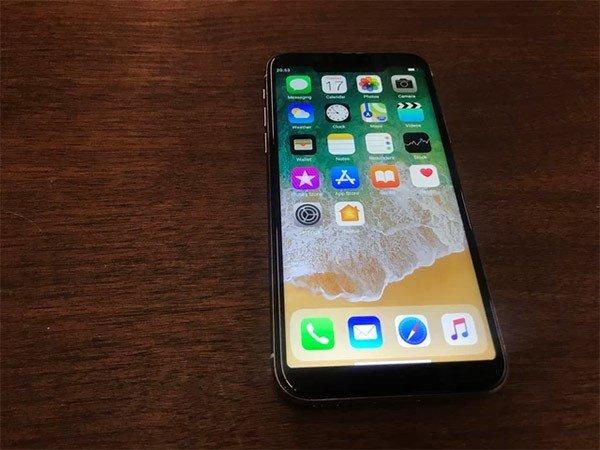 500 Liralık iPhone X