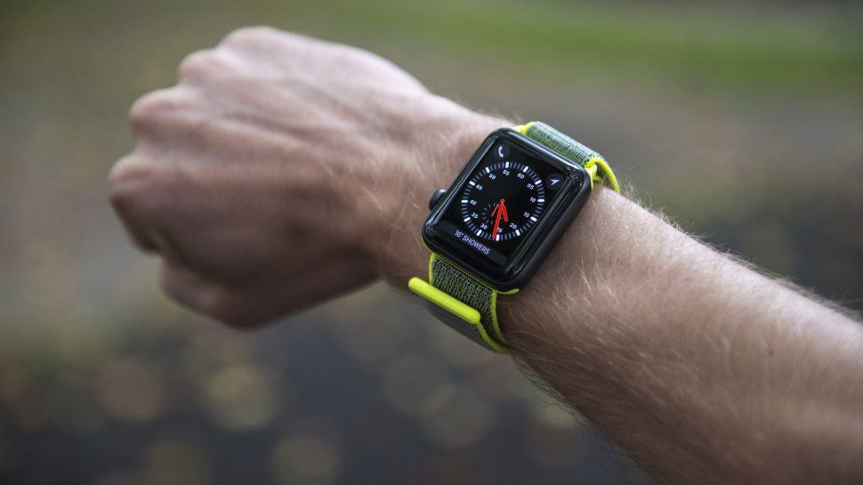 Apple Watch ve iPhone Yasağı!
