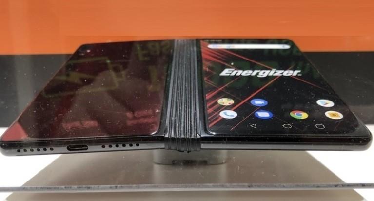 Ucuz katlanabilir telefon Energizer-2