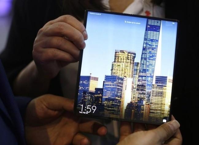 Huawei-Mate-X-fiyati-sizce-kac-TL-olur-2
