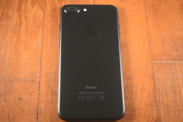 siyah-iphone-7-plus-arka-gorunum
