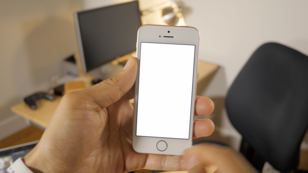 iPhone-SE-Retina-Flas