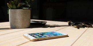 Peel iPhone kılıf